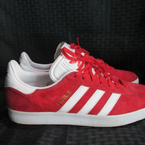 Le adidas gazzella rossa, bianca 3 strisce poshmark tennis 95